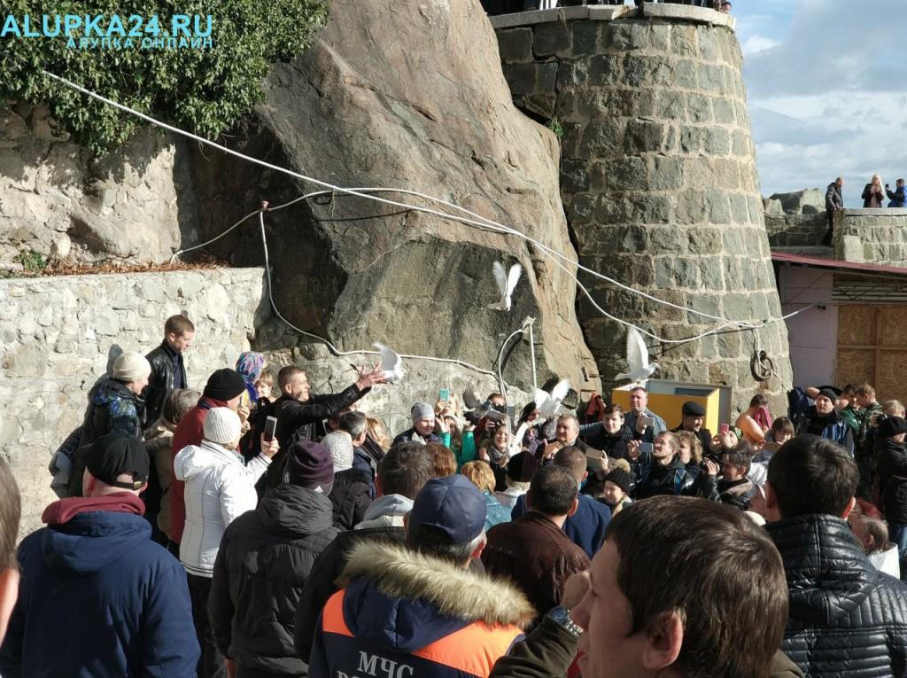 В Алупке отметили Крещение Господне 2018 11