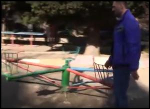 В Алупке катастрофически не хватает детских площадок