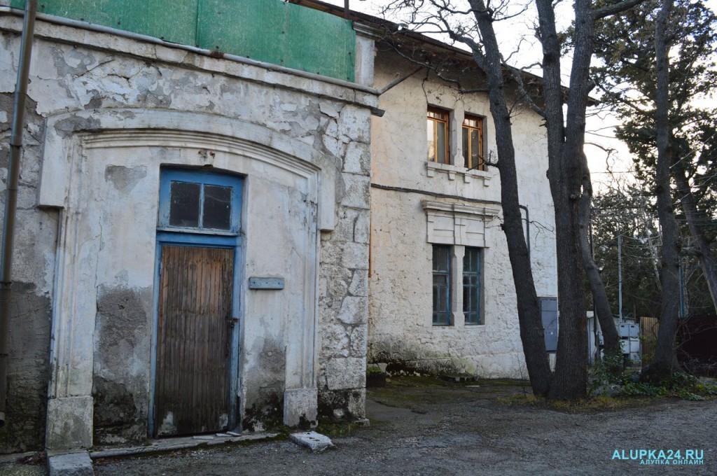 Дом генерала Милютина в Алупке: история и фото 7