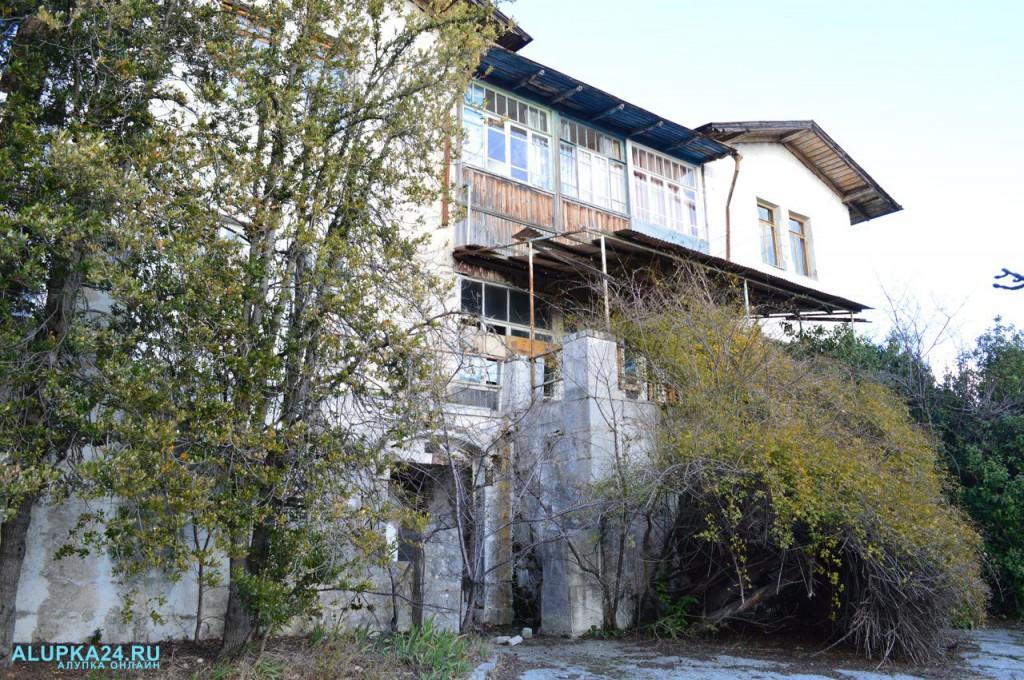 Дом генерала Милютина в Алупке: история и фото 6