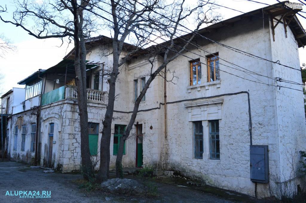 Дом генерала Милютина в Алупке: история и фото 5