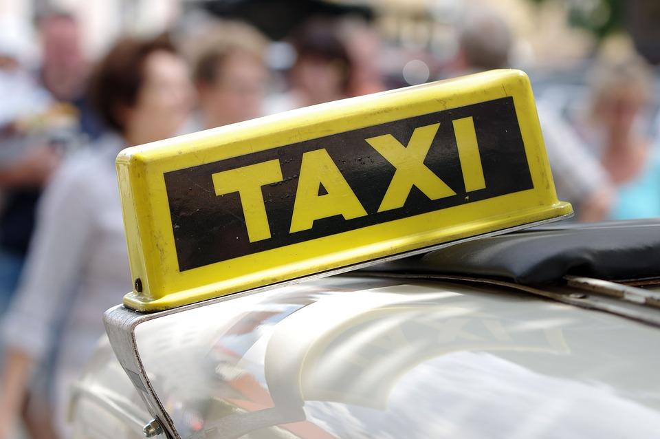 В Ялте неизвестный застрелил 32-летнего водителя такси