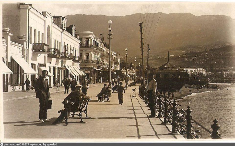 Ровно 180 лет назад Ялта получила статус уездного города