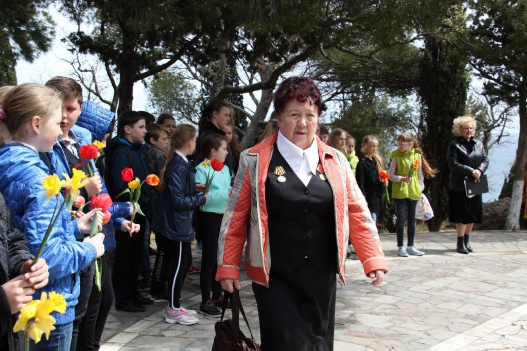 В Алупке отметили 74-ю годовщину освобождения города от немецко-фашистских захватчиков 4