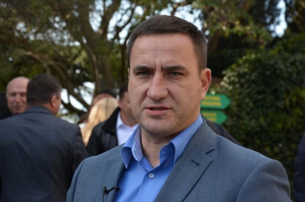 Экс-мэра Ялты Андрея Ростенко задержали за вывод земель в Алупке
