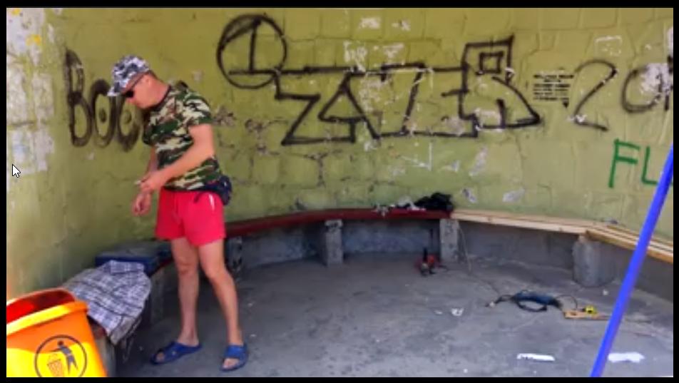 В Алупке местные жители восстановили и облагородили остановку «Пожарка» 2