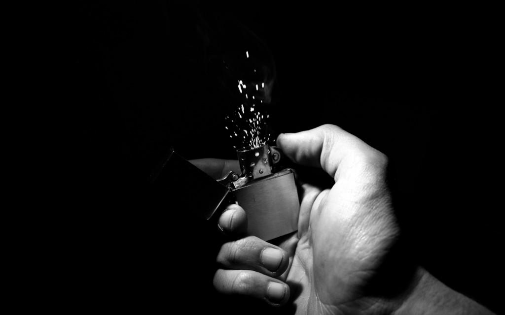 В Ялте мужчина поджёг облитую бензином сожительницу из ревности
