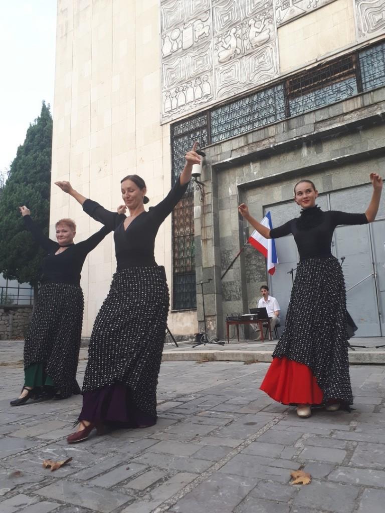 В Алупке отметили День флага России 2018