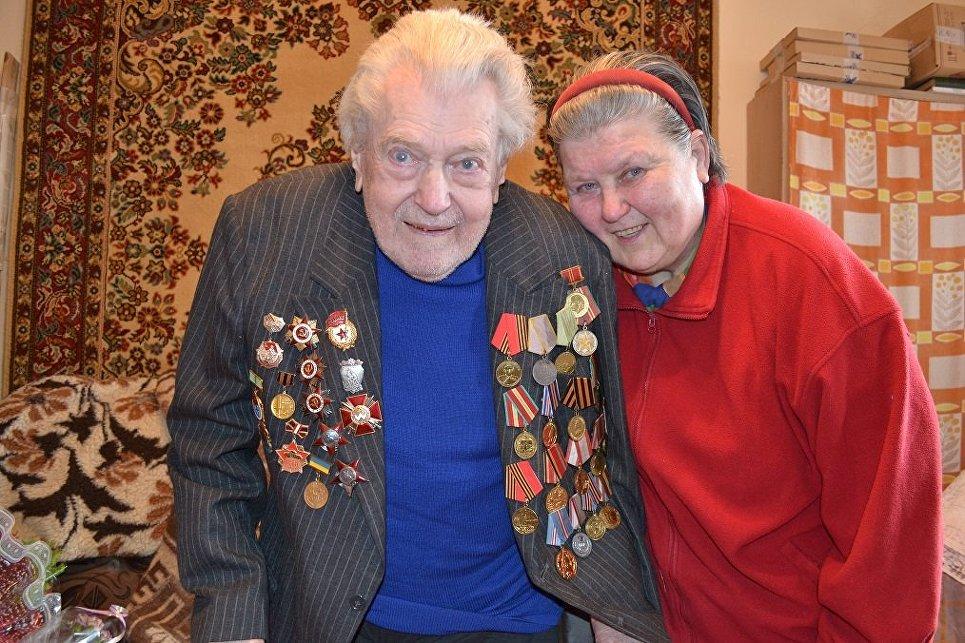 «Зиму не переживёт»: в Алупке ветеран ВОВ замерзает в неотапливаемой квартире