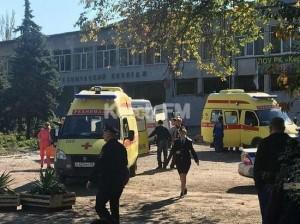При взрыве в керченском колледже погибли 10 человек, ещё 50 – пострадали
