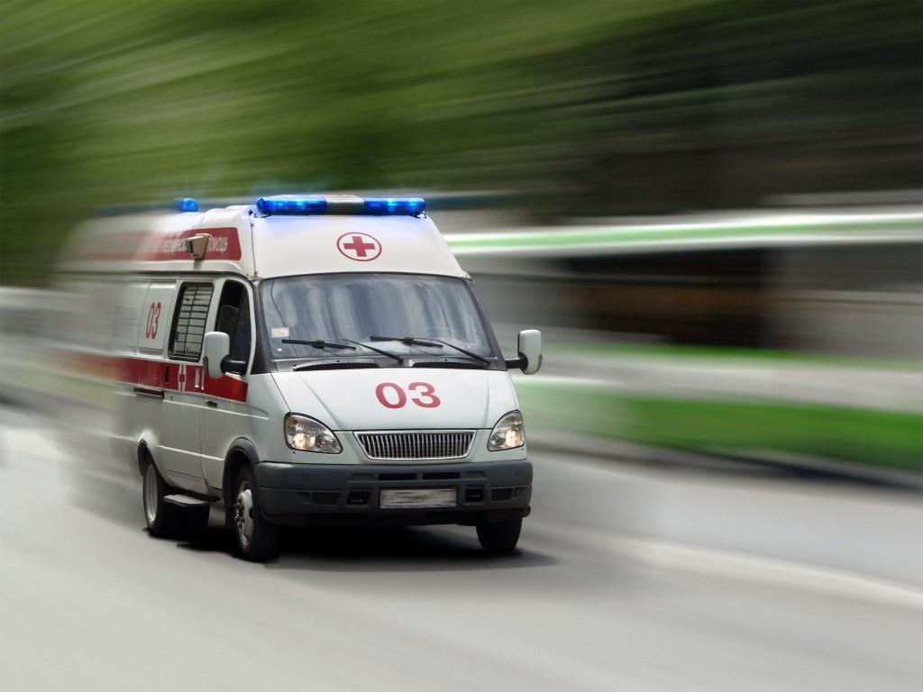 В России хотят увеличить штраф и наказать обязательными работами за ложный вызов «скорой»