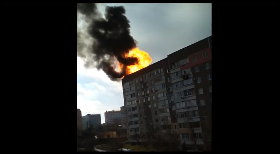 В Крыму на крыше многоэтажки взорвался газ